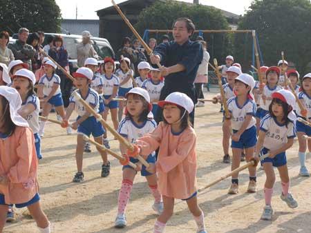 山口県防府市の幼稚園 玉祖幼稚園(たまのやようちえん)カリキュラム おけいこ 剣道