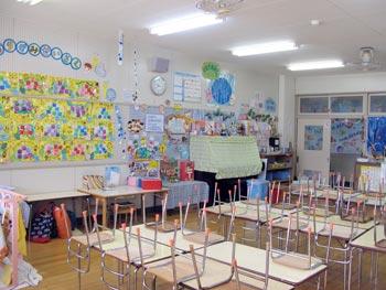 山口県防府市の幼稚園 玉祖幼稚園(たまのやようちえん)施設案内 年中教室 ばら1年中
