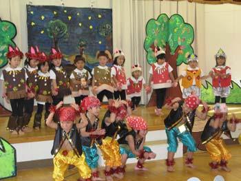山口県防府市の幼稚園 玉祖幼稚園(たまのやようちえん)カリキュラム 日本語であそぼう 生活発表会