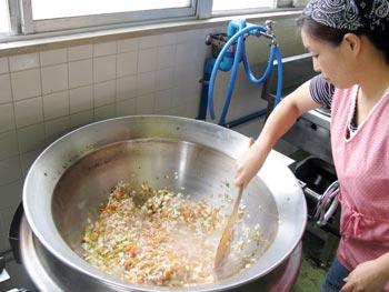 山口県防府市の幼稚園 玉祖幼稚園(たまのやようちえん)施設案内  給食室