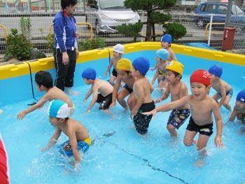 山口県防府市の幼稚園 玉祖幼稚園(たまのやようちえん)カリキュラム 体力づくり プール遊び